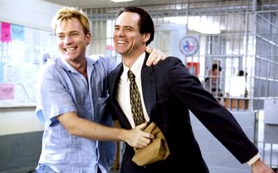 I Jim Carrey hrál homosexuála. Těchto 10 skvělých filmů se zaměřením na komunitu LGBTI ti otevře oči