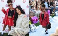 Iba 5-ročná dcéra Kim Kardashian má za sebou prvú módnu prehliadku. Z malej North sa stáva profesionálna modelka