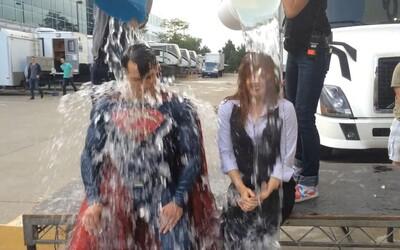 Ice Bucket Challenge pomohla vedcom objaviť gén zodpovedný za chorobu ALS. Internetový trend teda nakoniec mal význam