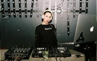 Ide hlavne o vkus a prehľad v hudbe, hovorí mladá Bratislavčanka Nika, ktorá si zahrá na GIRLS GIRLS GIRLS tour (Rozhovor)