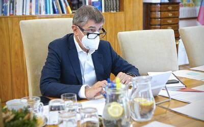 iDnes.cz za předplatné nabízí přednostní operace v Babišových klinikách, podle právníka je to nelegální