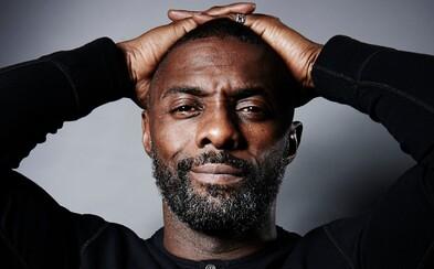 Idris Elba a oscarový scenárista Twelve Years a Slave chystajú nový seriál z politického prostredia