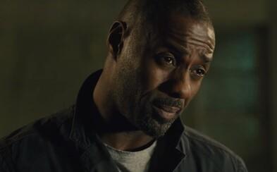 Idris Elba sa púšťa do vyšetrovania bombového výbuchu, ktorý ho zavedie priamo do centra veľkého sprisahania