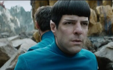 Idris Elba ťahá za nitky v megalomanskom traileri pre Star Trek 3. Prežijú Kirk a Spock aj tentoraz?