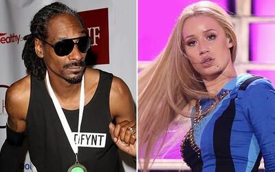 Iggy Azalea sa pustila do beefu so Snoop Doggom kvôli fotke z Instagramu
