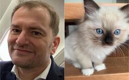 Igor Matovič si ráno umyl vlasy šampónom pre Mačiaka. Pochválil sa tým na Facebooku