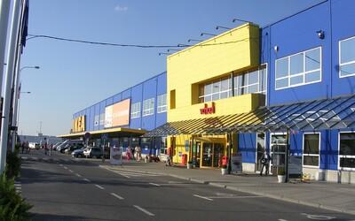 IKEA v Praze otevřela svůj bazar. Každý tam může vrátit život svému nepotřebnému nábytku