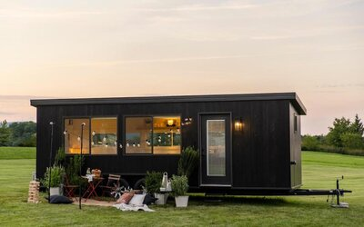 IKEA vyrobila miniatúrny dom, ktorý môžeš zaparkovať kde tvoje srdce zatúži. Cena aj udržateľnosť potešia záujemcov