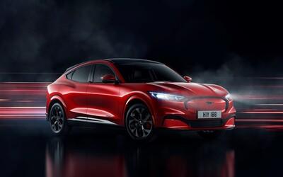 Ikonický Mustang prichádza v novodobej podobe. Je z neho elektrické SUV s dojazdom 600 kilometrov