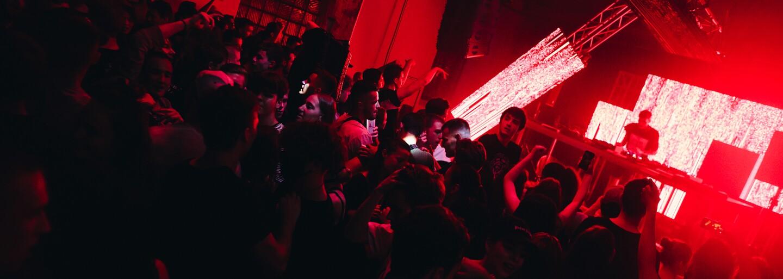 Iniciatíva #SAVETHENIGHT podporila 56 slovenských a českých DJs. Rozdelila medzi nich 60-tisíc eur