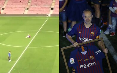 Iniesta sedel do jednej v noci sám na ihrisku po poslednom zápase za Barcelonu. Velikán spomínal na najväčšie udalosti svojej kariéry
