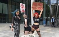 Instagram hromadně odstraňuje účty pornohereček a striptérek, i když nepřidávají odhalené fotky