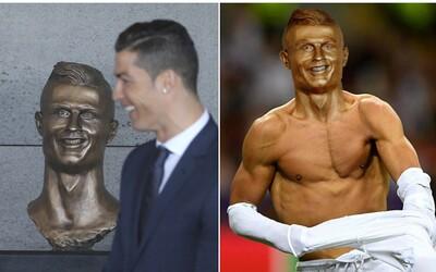 Internet si smlsnul na úsměvné bustě Cristiana Ronalda. I když se velmi nepovedla, lidé se alespoň dobře baví