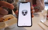Internetom kolujú videá, kde je iPhone X priamo v akcii. Novinka z Kalifornie vyzerá parádne