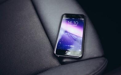 iPhony zasypala kopa problémov. Používatelia sa sťažujú na zlú výdrž, zamŕzanie aplikácie a v Číne ich pár aj horelo