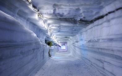 Island otevřel nejdelší ledový tunel na světě. Má 550 metrů a lidi ohromí svou nádherou