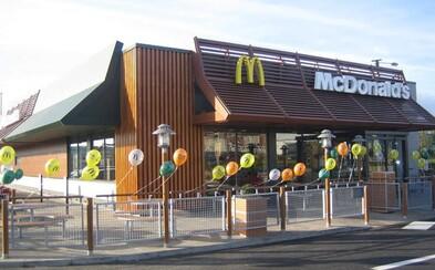 Išli vylúpiť McDonald's, ale netušili, že vo vnútri sa nachádza elitná vojenská jednotka. Lupiči nakoniec nedopadli slávne