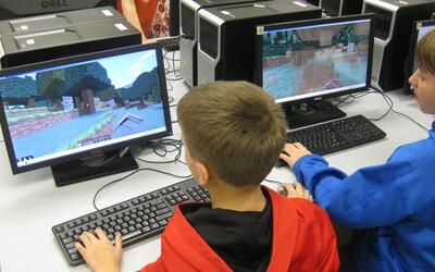 Italský politik by dětem zakázal počítačové hry. Údajně kvůli nim neumí číst, argumentovat a jsou pasivní