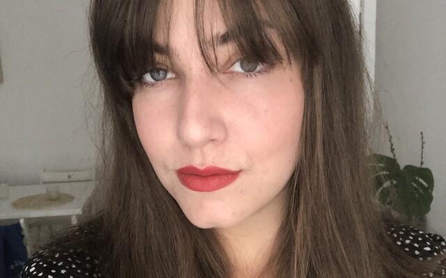 Ivanu hnevalo, že chcú sprísniť zákon o potratoch, tak prehovorila o svojej interrupcii, ktorú podstúpila, keď mala 17 (Rozhovor)