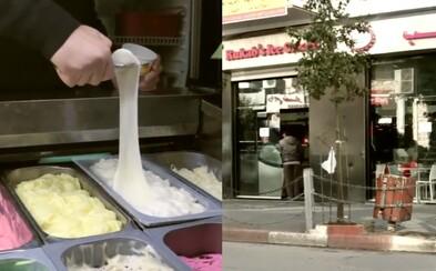 Izraelci ilegálně chodí do Palestiny na nejlepší zmrzlinu, jakou kdy měli. Prý budeš prahnout po tom, abys ji mohl vyzkoušet znovu