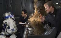 J. J. Abrams priznáva, že režisér Star Wars: The Last Jedi sa vydal iným smerom. Písanie scenára pre Epizódu IX tak nebolo ľahké
