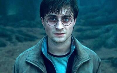 J. K. Rowlingová prozradila, že ve skutečnosti existovali dva Harry Potterové. První z nich žil dávněji, ale měl s tím naším něco společného
