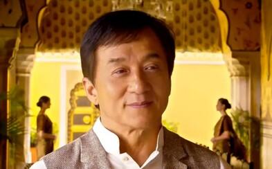 Jackie Chan v traileri pre bizarnú komédiu Kung-Fu Yoga rozdáva kopance a snaží sa byť vtipný