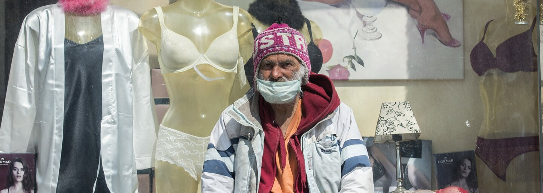 Jak koronavirus dopadl na lidi bez domova v Česku?
