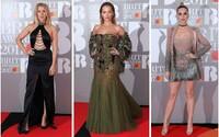 Jak to vypadalo na červeném koberci na Brit Awards 2017? Podívej se na okouzlující Ellie Goulding nebo fešáky Bastille