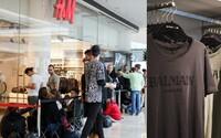 Jaké je to čekat před H&M hodiny kvůli speciálním kolaboracím? Promluvili jsme si s trojicí kluků, kteří to dělají rok co rok