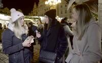 Jaké praktikují Češi vánoční tradice a jaký nejdivnější dárek dostali? Vyrazili jsme to zjistit na pražské trhy