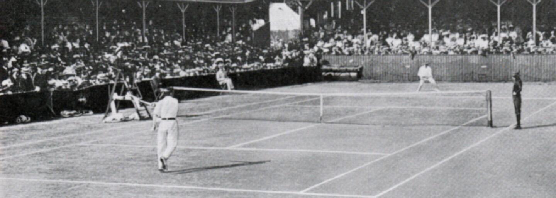 Jako hokejista vyhrál mistrovství světa a stříbro na olympiádě. Po emigraci z Československa ovládl Wimbledon i French Open