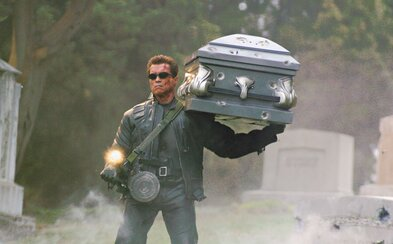 James Cameron dostane za rok a půl zpátky práva na Terminátora. Už teď plánuje rovnou celou trilogii, kterou chce ságu osvěžit
