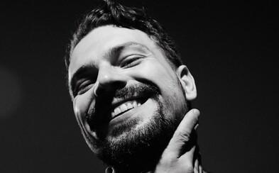 James Cole hlásí návrat. Vypouští nový vesmírný singl z připravovaného alba Stanley Kuffenheim