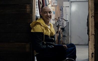 James McAvoy je v strašidelnom thrilleri Split šialenec, v ktorom žije 23 rôznych osôb