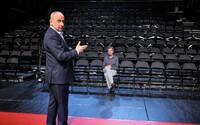 Jan Kraus kvůli koronaviru odmoderoval svou show jen s jedním divákem v publiku