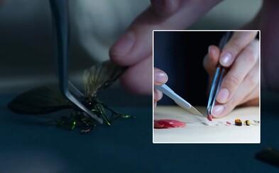 Japonci testujú potenciálnych chirurgov zaťažkávajúcimi skúškami. Popasovať sa musia s miniatúrnym sushi, origami či chrobákmi