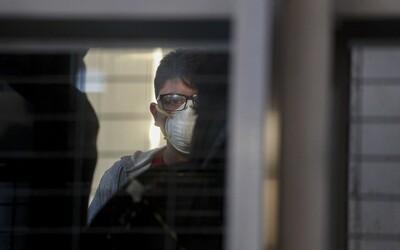 Japonec nakazený koronavírusom išiel zámerne do baru, aby ho rozšíril