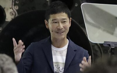Japonec sľúbil šťastlivcom po 8000 € za zdieľanie príspevku na Twitteri. Vytvoril nový rekord sociálnej siete