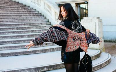 Jar je za dverami a parížske ulice prinášajú kopec inšpiratívnych outfitov