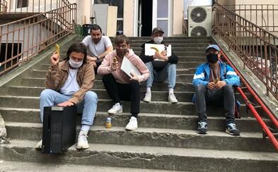 Jarné dvorenie slovenských kapiel pokračuje – v pondelok vystúpi skupina Para