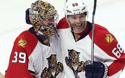 Jaromír Jágr vyškolil v gólové akci obranu i brankáře Ottawy. Zabojují ještě Panteři o Stanley Cup?
