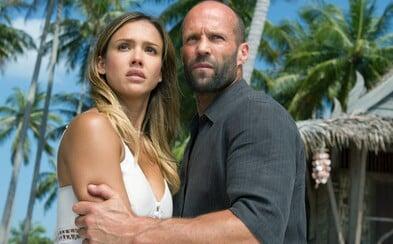 Jason Statham a Jessica Alba prinášajú síce zbytočné pokračovanie, no Mechanik 2 ako slabé akčné béčko obstojí (Recenzia)