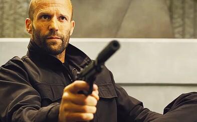 Jason Statham je stroj na zabíjanie v necenzurovanom traileri pre pokračovanie Mechanika