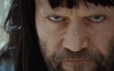 Jason Statham sa objavil v šialenej reklame na smartfón G5. LG to s novinkou berie seriózne