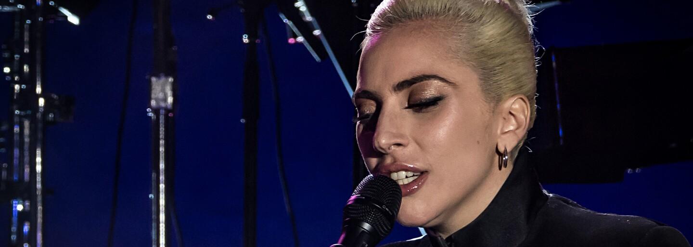 Je bisexuálka a pri tvorbe piesní fajčí trávu. 20 zaujímavostí o Lady Gaga, ktoré si (možno) nevedel