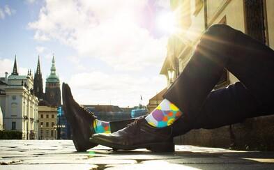Je libo ponožky pro pravé gentlemany? Klub Pánů z Ponožkovic přinesl americký trend do Čech