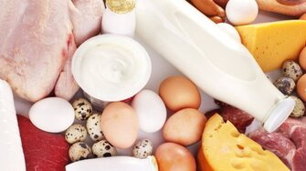 Je pravda, že telo využije len 30g bielkovín v jednej porcii jedla?