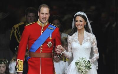 Je to holčička! Velká Británie slaví příchod druhého potomka Williama a Kate