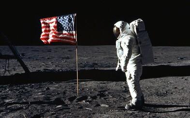 """""""Je to malý krok pro člověka, ale velký skok pro lidstvo."""" Armstrong si prý tuto větu vymyslel těsně před vystoupením z rakety"""